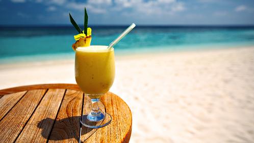yellow-cocktail-summer.jpg?itok=GIeo78aZ